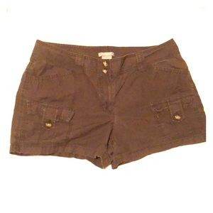 Ann Taylor Fast-Drying Cargo Shorts
